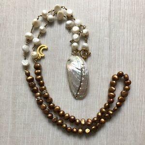 Freshwater Copper & White Pearl w/ Abalone pendant